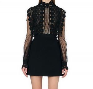 Neobična crna haljina