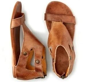 Ravne sandale sa zatvorenom petom